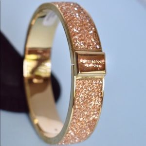 Gold & Gem clasp closure bangle